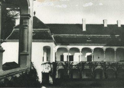 kastiel_podhradie_1930-40_Revhelyi_Elemer_5