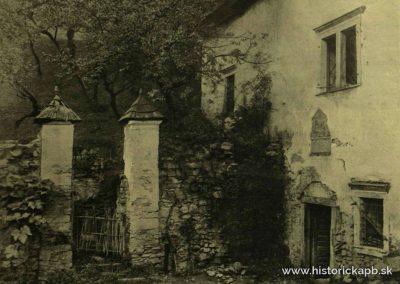 kastiel_podhradie_burg_1910_1