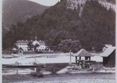 kompa_podhradie_1925_belas