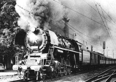 vlak_odchadzajuci_z_PB