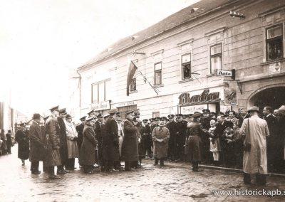 5_maj_1940_stefanikove_oslavy_namestie